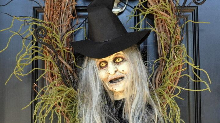 Startling Werewolf PVC Pipe Halloween Prop 22