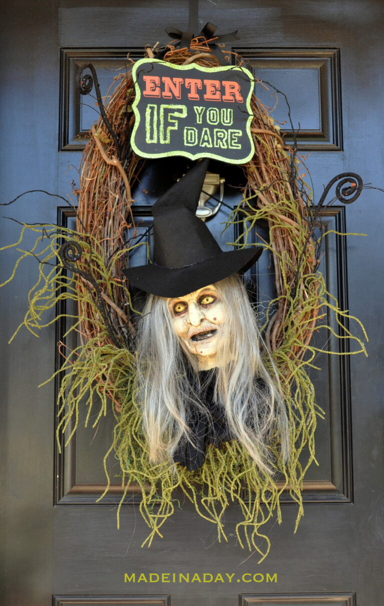 Wicked Witch Halloween Wreath