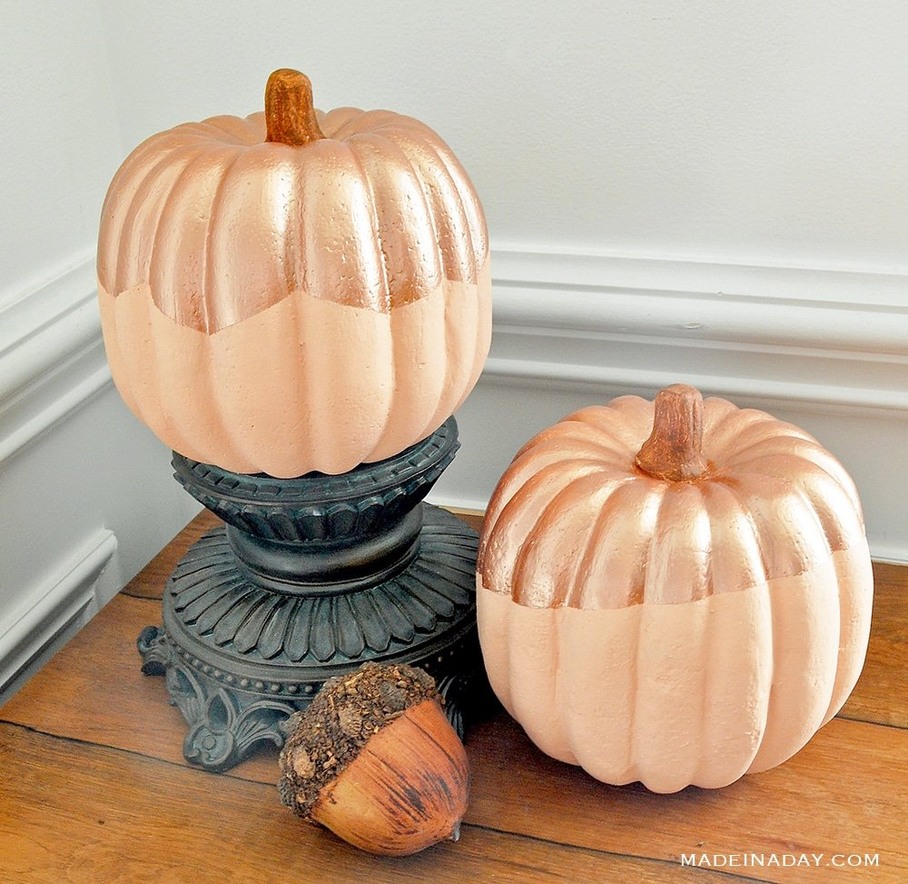 paint a metallic pumpkin