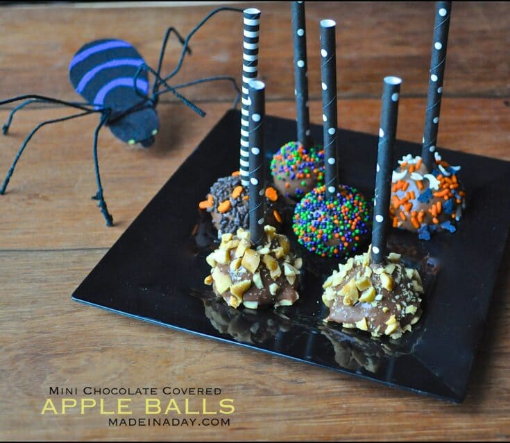 Spellbinding Mini Chocolate Covered Apples 30