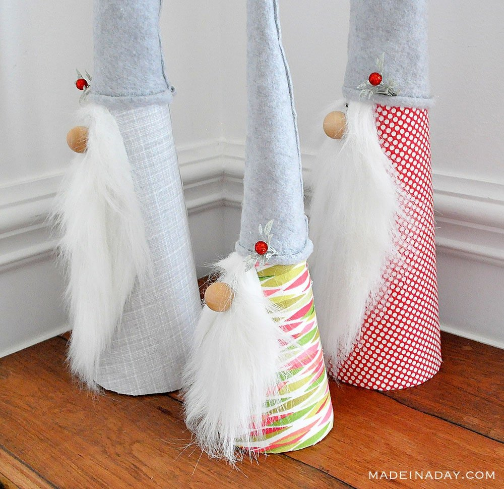 Christmas Gnome Pattern, how to make Swedish Christmas Gnomes, felt gnome