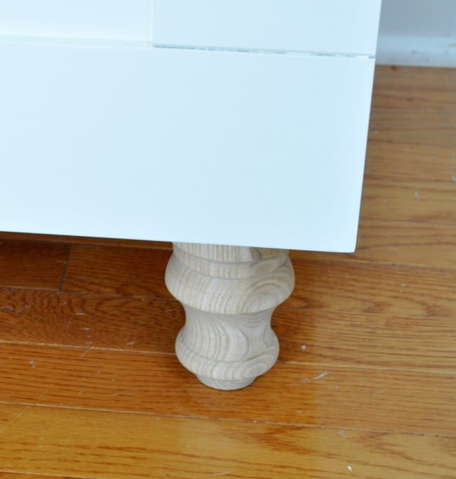 Easy way to add feet on furniture