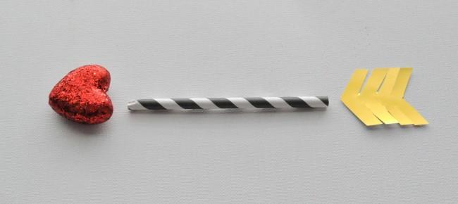 Simple arrow make from decorative straws