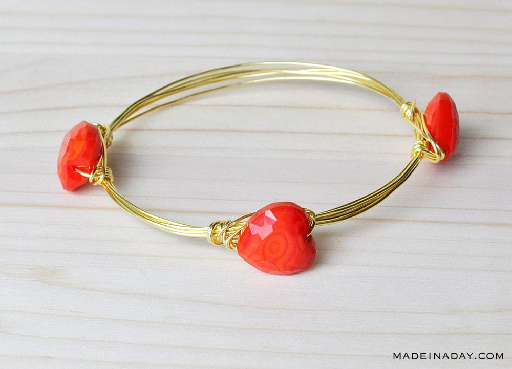 heart wire bangle bracelet
