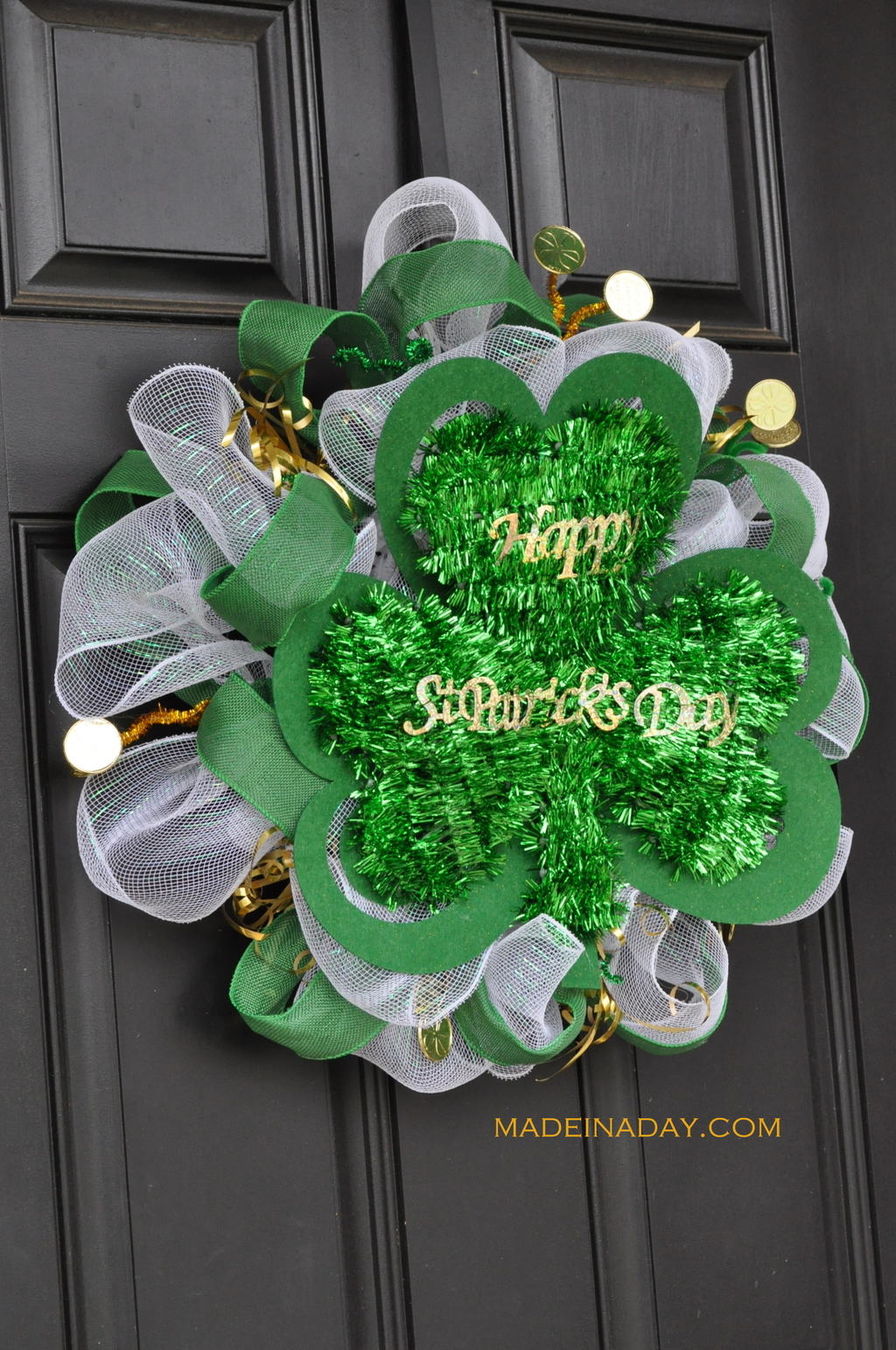 Green White Gold Deco Mesh St Patricks day wreath tutorial madeinaday.com