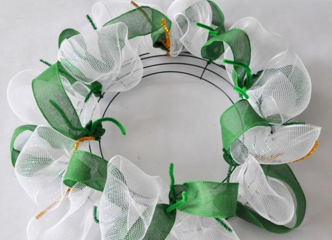 Green white mesh wreath