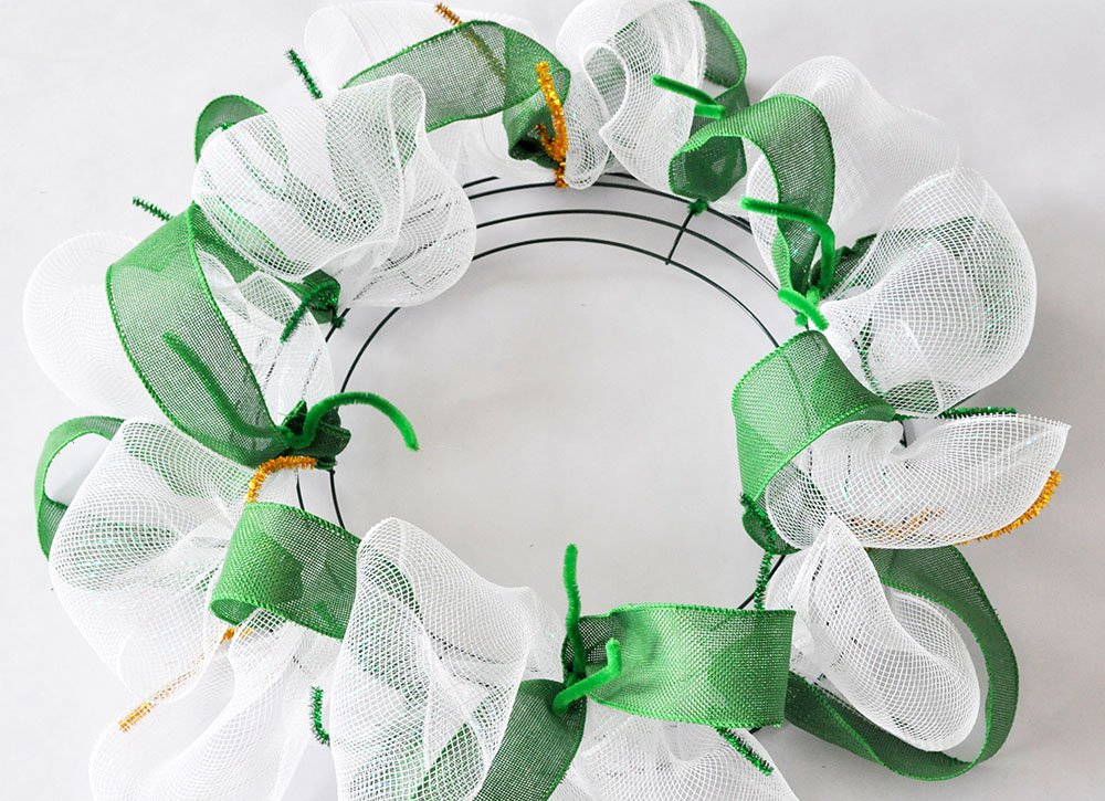 green white mesh wreath