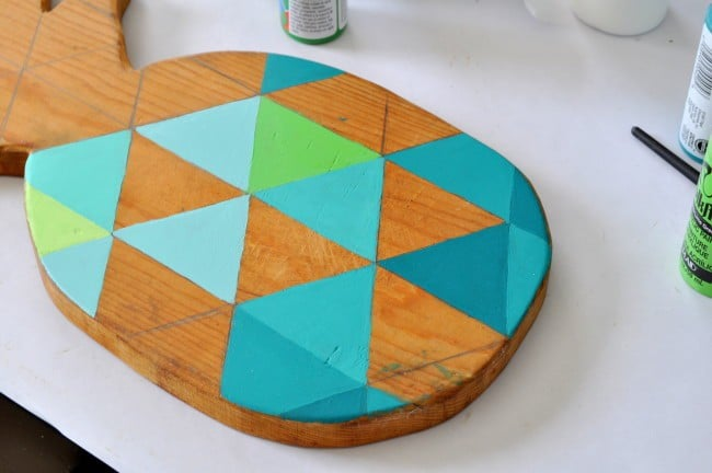 how to paint a geometric pattern on wood