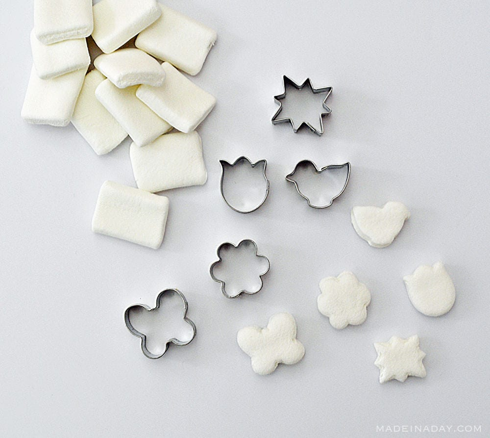 food coloring marshmallows, food coloring marshmallows, cookie cutter marshmallows