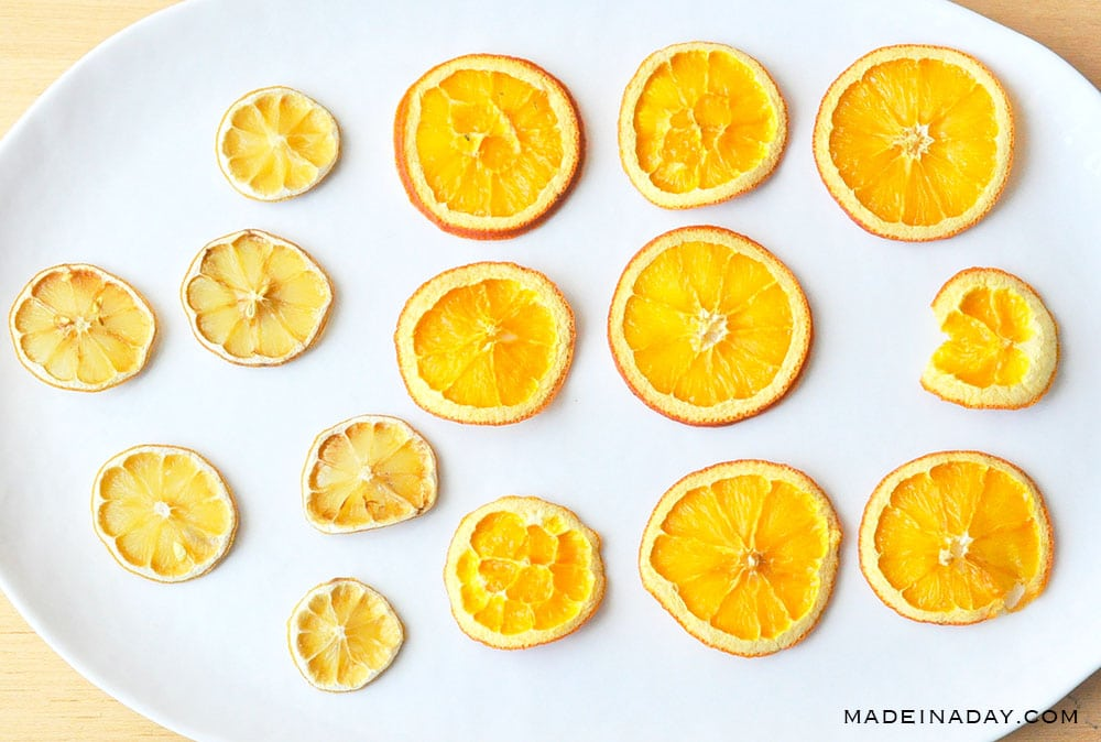 How to dehydrate oranges in the oven, oven dried citrus slices, oven dried orange slices, oven dried lemon slices, oven dried fruit