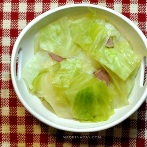 Southern Style Steamed Cabbage