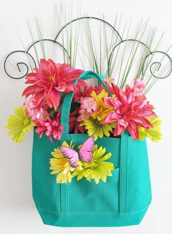 Spring Garden Floral Tote Door Hanger 9