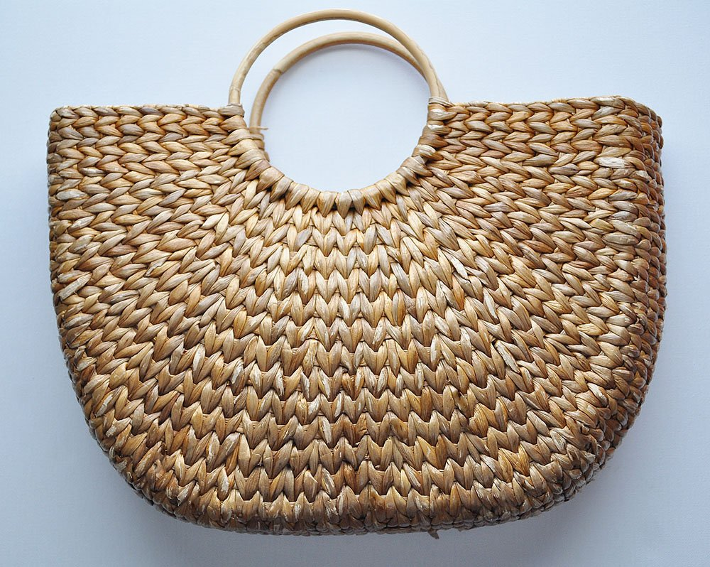 half moon beach bag makeover, vintage half moon straw tote hand bag, wicker half Moon Tote