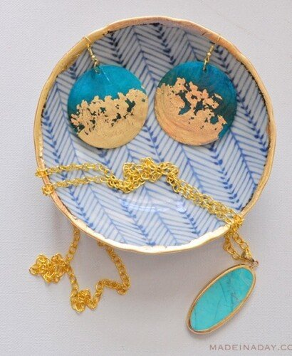 DIY Gold Gilded Earrings and Jewelry Bowl 8