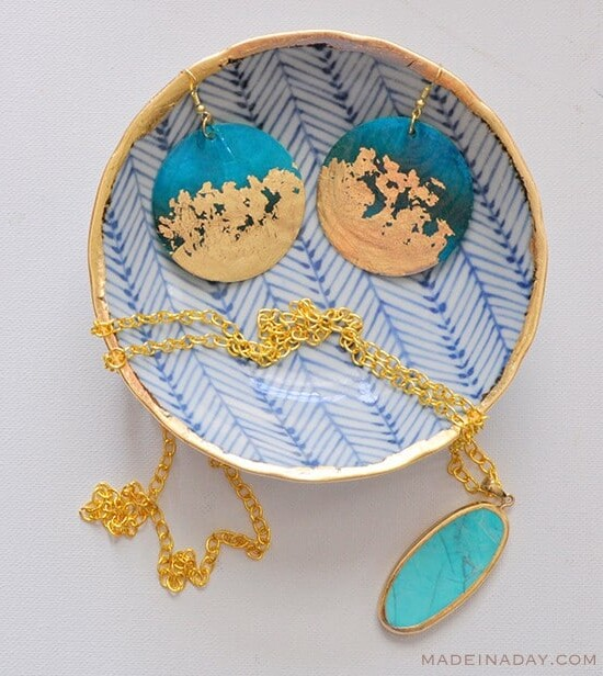 DIY Gold Gilded Earrings and Jewelry Bowl 3