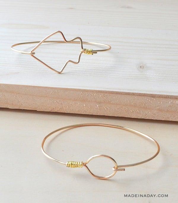 DIY Circle Arrow Wire Bangle Bracelets madeinaday.com