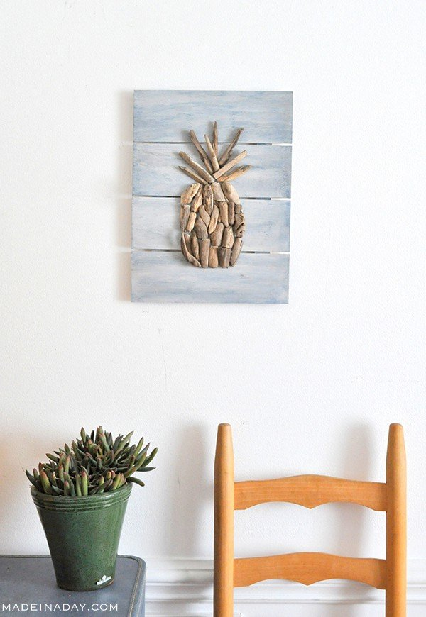 DIY Driftwood Pineapple Pallet Wall Art madeinaday.com