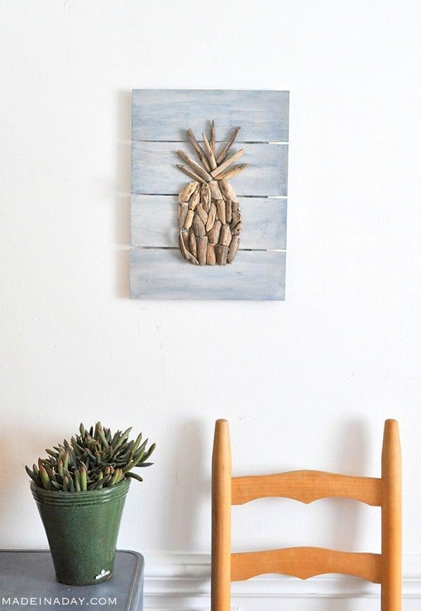 DIY Driftwood Pineapple Pallet Wall Art madeinaday.com