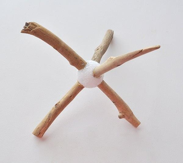 add-driftwood-to-a-foam-ball
