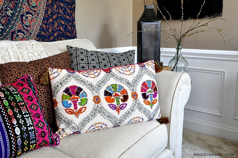 boho-tassel-lumbar-pillow-madeinaday-com