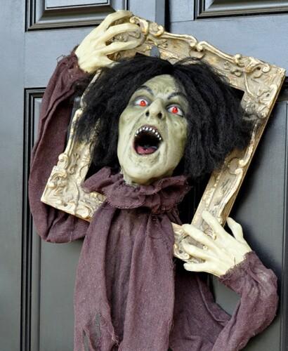 Startling Halloween Zombie Door Hanger Prop 31