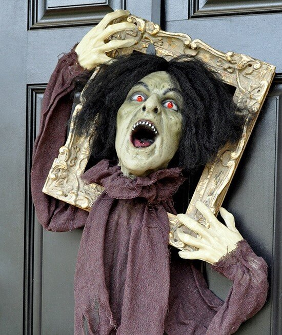 Startling Halloween Zombie Door Hanger Prop 9