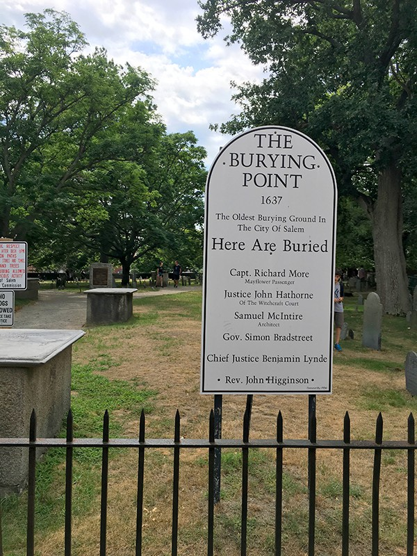 old-burying-point-cemetery-madeinaday-com