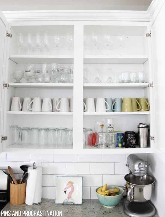 kitchen-organization-drinkware-min