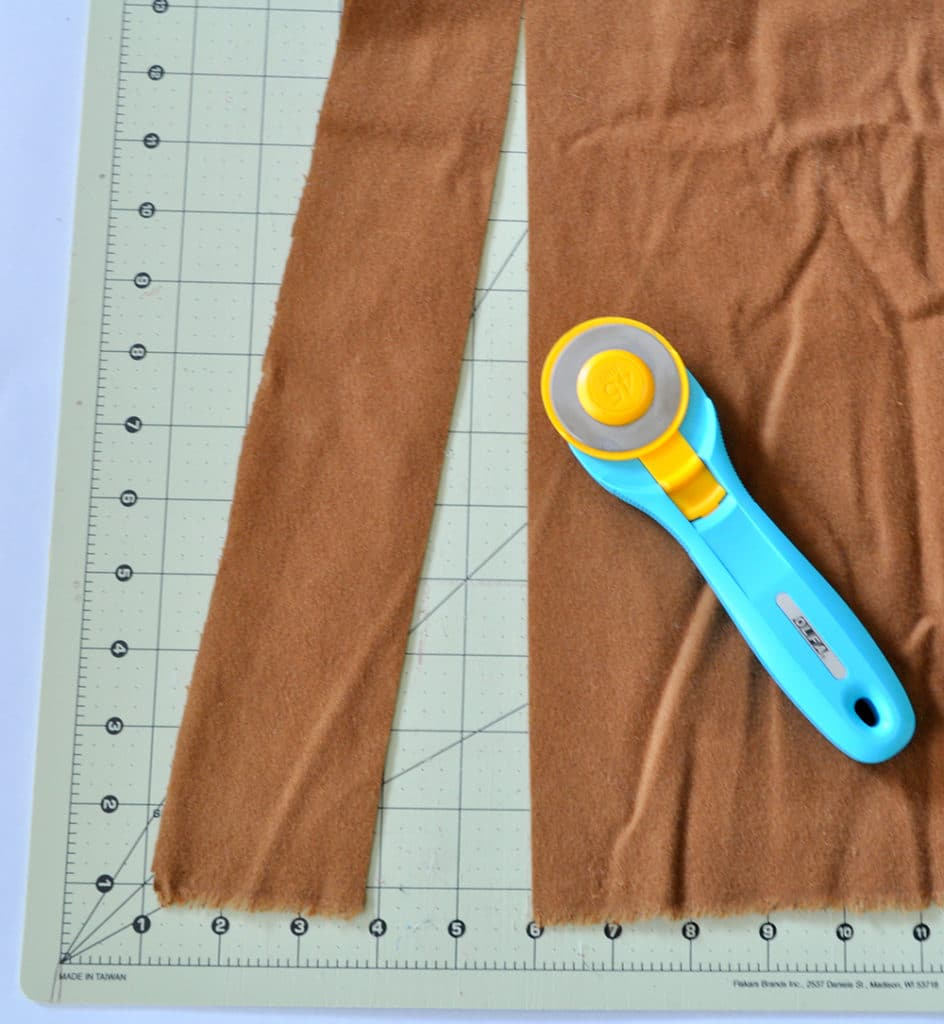 cut-fabric-with-rotary