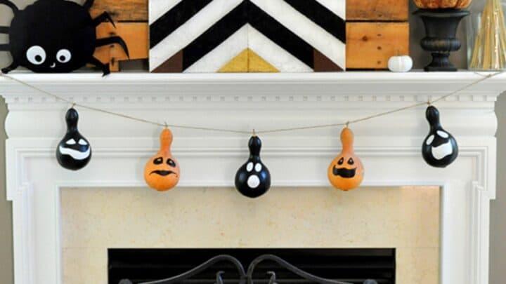 3 Halloween Felt Ball Garlands (Ghosts-Cats-Spiders) 11