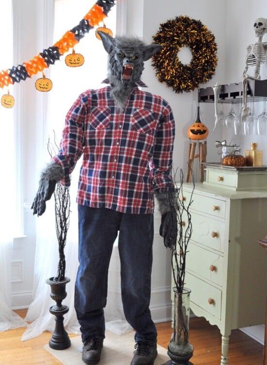 Startling Werewolf PVC Pipe Halloween Prop 6