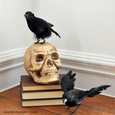 Gold Crackle Raven Skull