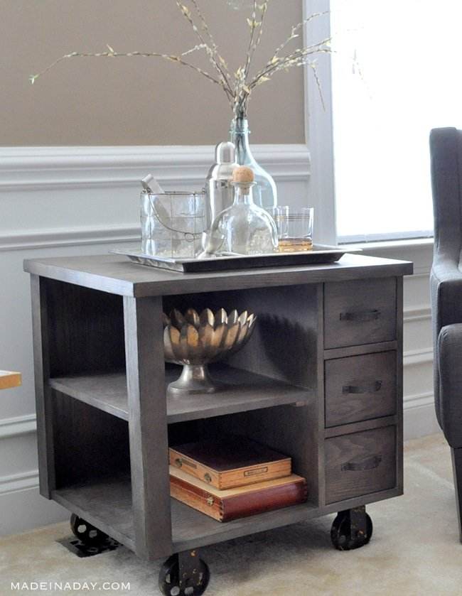 industrial-sidetable-styling-madeinaday-com