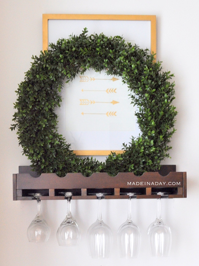 over-the-bar-boxwood-wreath-madeinaday-com