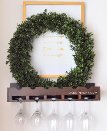 Create Beautiful Trendy Decor with Boxwood Wreaths 32