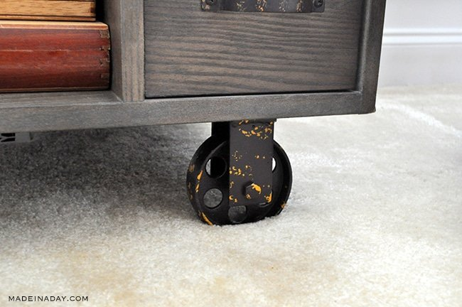 side-table-with-casters-madeinaday-com