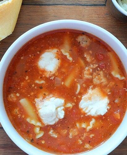 Hearty Turkey Lasagna Soup Recipe 31