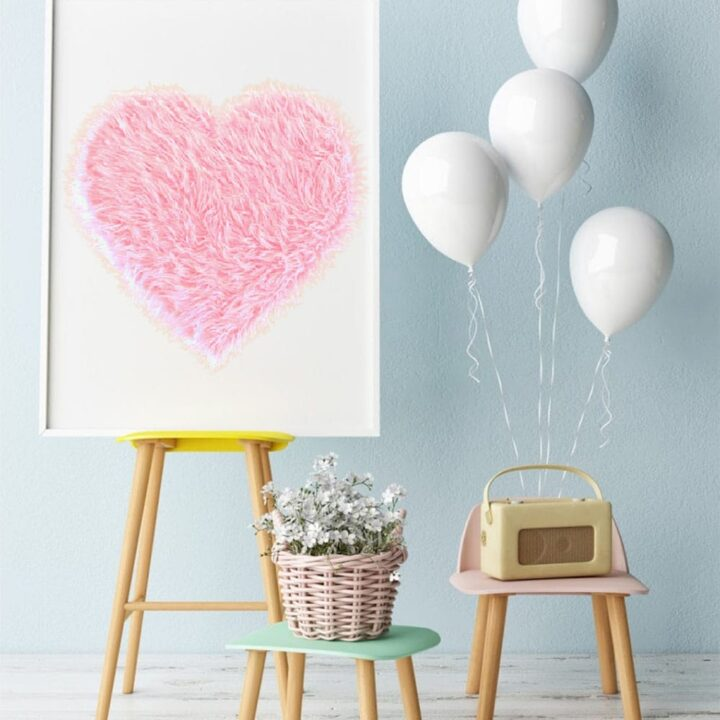 DIY Giant Pink Fur Heart Valentine Decor Prop