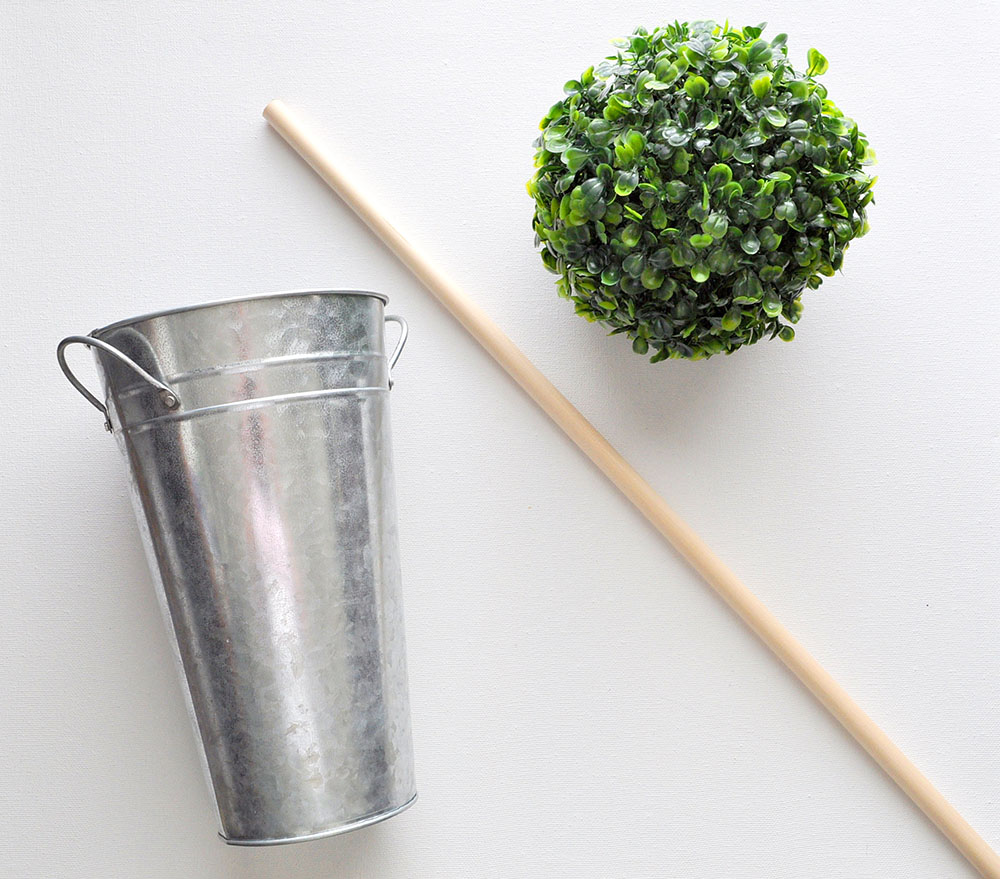How to make a boxwood ball topiary