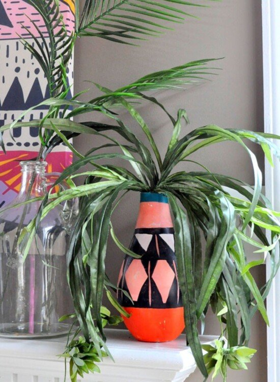 DIY Painted Tribal Vases: Faux Pottery 33