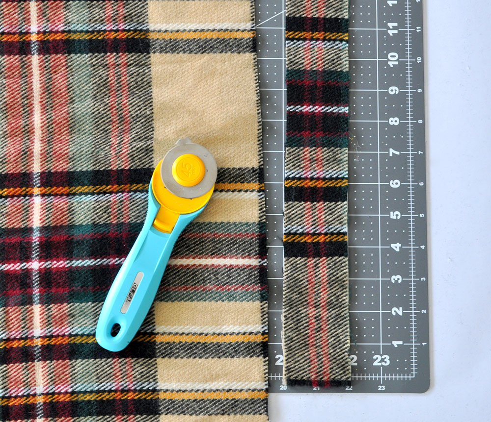 How to cut fabric on a rotary cutter