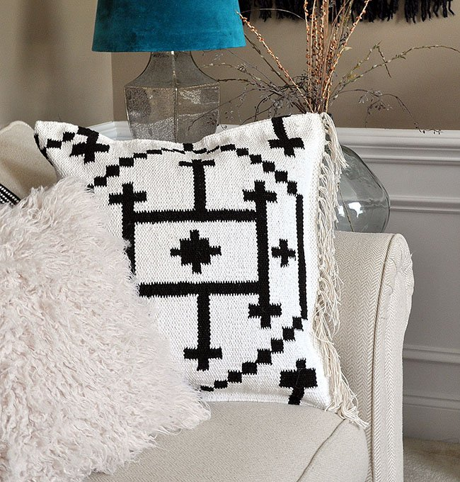 How to make a No Sew Kilim Throw Pillow from a rug