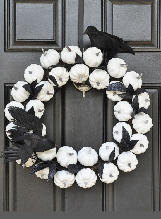 White Pumpkin Wreath for Fall to Halloween 1