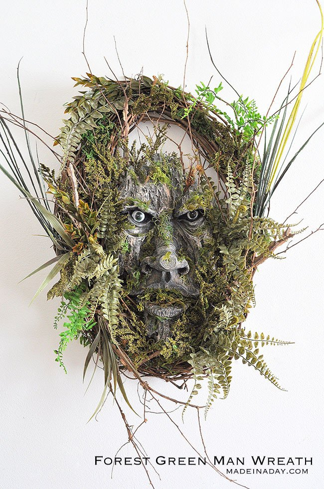 Halloween Wreath, Make this simple but scary tree man to scare your neighbors this Halloween! Green Man,Tree Man, Woodland Tree Spirit, Forest Man, tree creature,