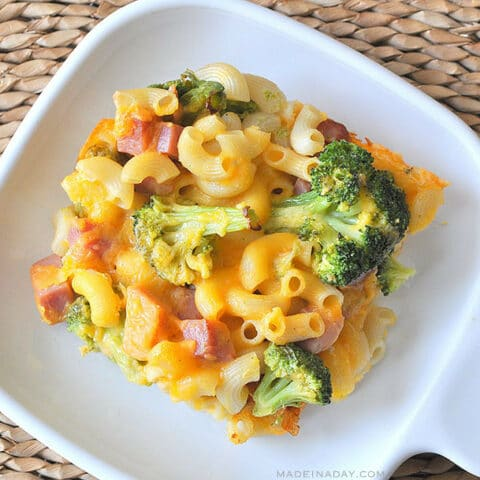 Broccoli, Ham Macaroni & Cheese Casserole