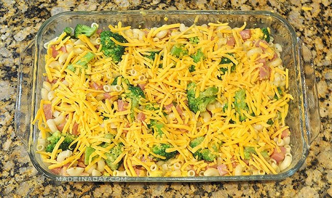 Broccoli Ham Macaroni and Cheese Casserole 3