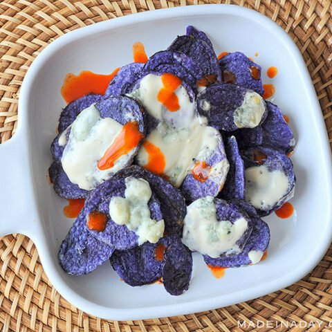 Crispy Blue Potato Chips and Spicy Gorgonzola Cheese Sauce