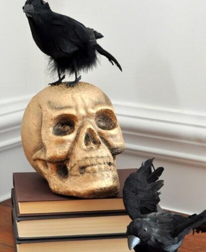 Dazzling Gold Crackle Raven Skull 6