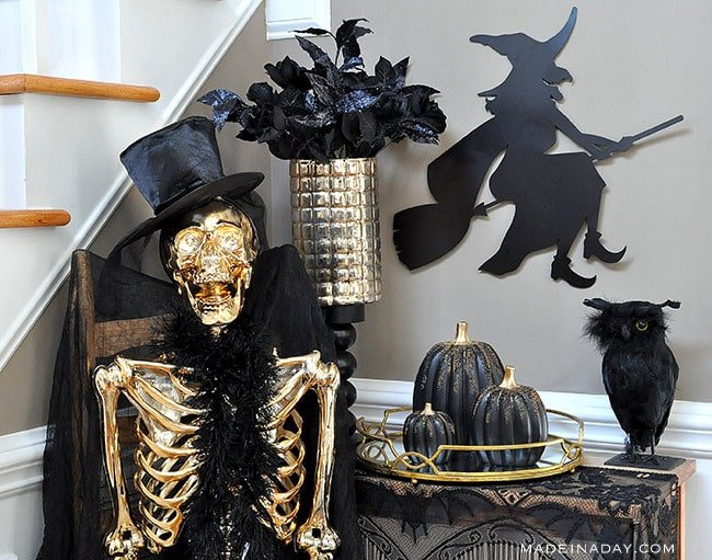 Black Gold Halloween Vignette