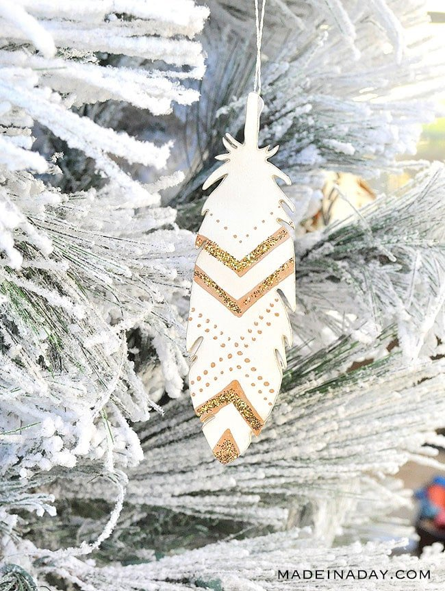 Glitter Painted Feather Ornaments, #feather #ornament, painted feather, boho Christmas decor, wood feather,